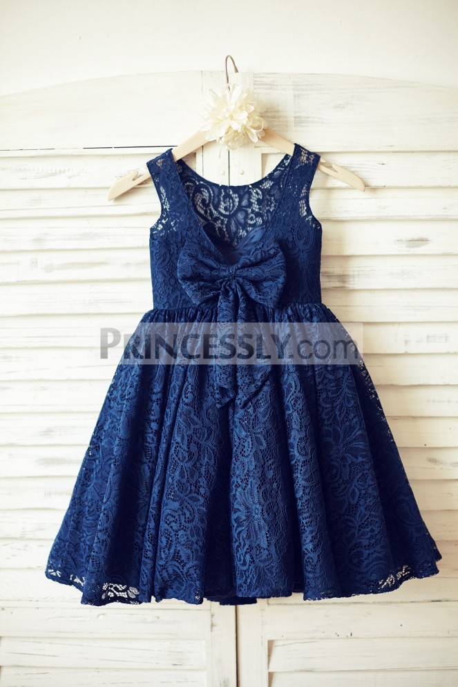 princessly-com-k1000087-navy-blue-lace-flower-girl-dress-with-v-back-and-big-bow-32